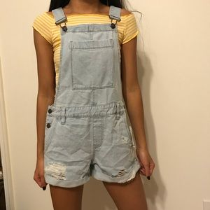 NWOT Adorable PacSun Overalls